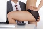 Лошата страна на флирта на работното място