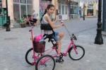 Откраднаха колелото на дете с церебрална парализа (ВИДЕО)