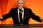 Живата легенда на Холивуд Кърк Дъглас - на 100! Животът му в снимки (ГАЛЕРИЯ)