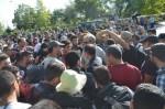 Всеки четвърти българин готов да емигрира