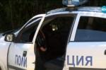 Патрулка удари две момичета на пешеходна пътека