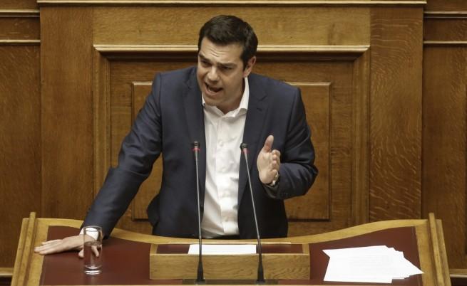 Премиерът Алексис Ципрас говори в гръцкия парламент