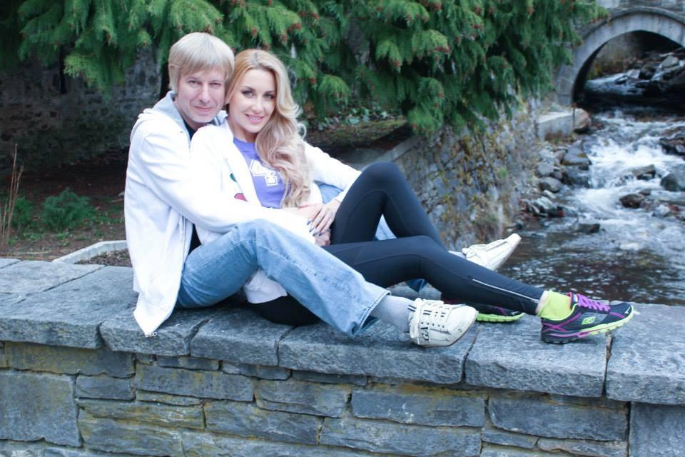 - Мис България 2009 и Мисис Русия за 2013 г. Антония Петрова обяви, че е подала молба за развод и се разделя със съпруга си - руският бизнесмен...