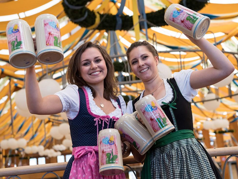 - Традиционният празник на бирата в Мюнхен протича при строги мерки за сигурност.
