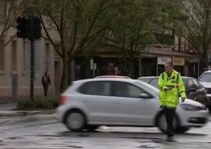 Мощни бури в Австралия оставиха 1,7 млн.души без ток