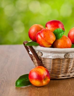 Нектарините са богати на витамин C и А