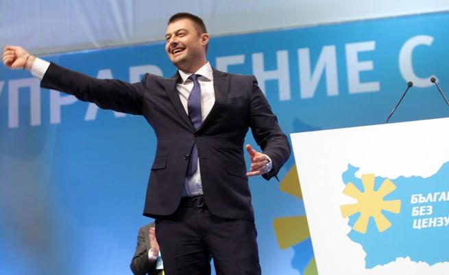 Бареков прехвърля средствата си на