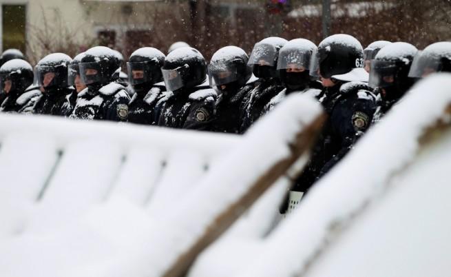 Украинската армия предупреди за опасност от разцепление на страната