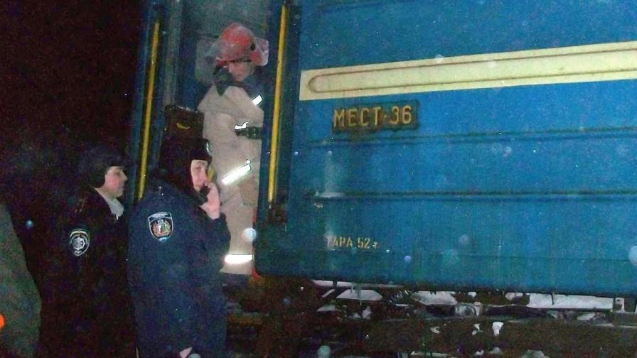 Над 10 загинали при сблъсък на влак и маршрутка в Украйна