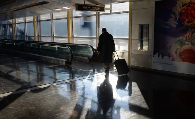 С три полета извозват блокираните в Бургас руски туристи