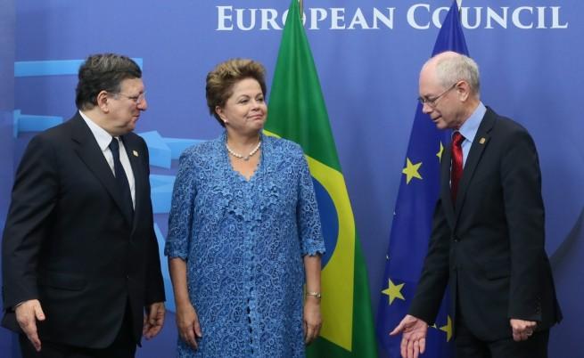 ЕС и Бразилия със собствен трансокеански кабел за данни