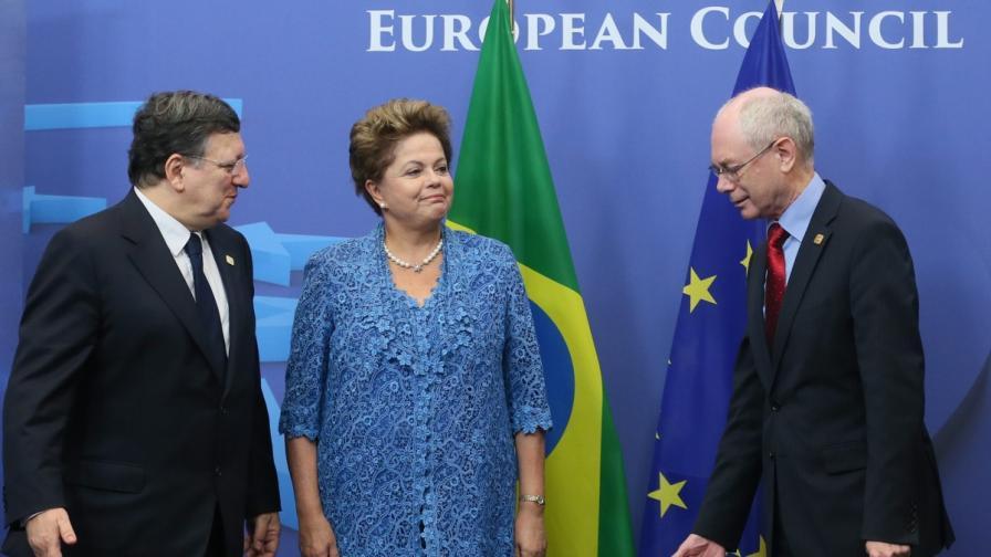 ЕС и Бразилия със собствен кабел за интернет