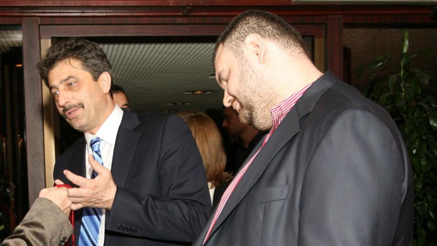 Цветан Василев и Делян Пеевски на парти в столичен ресторант