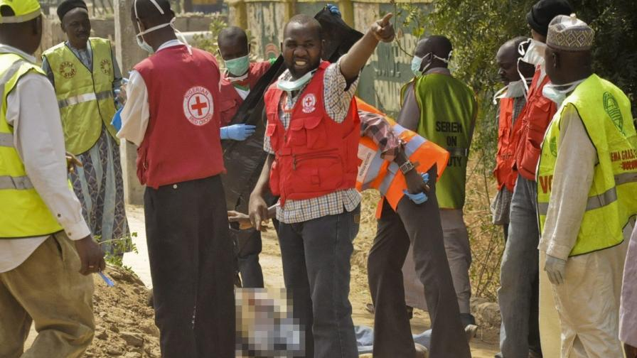 """Бойци от """"Боко Харам"""" избиха 29 ученици в Нигерия"""