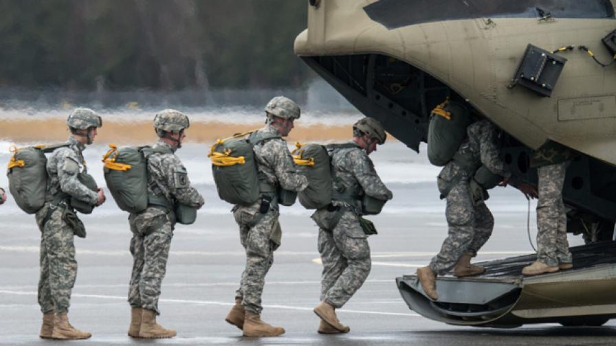 Американски войници на учение в Германия през февруари 2014 г.
