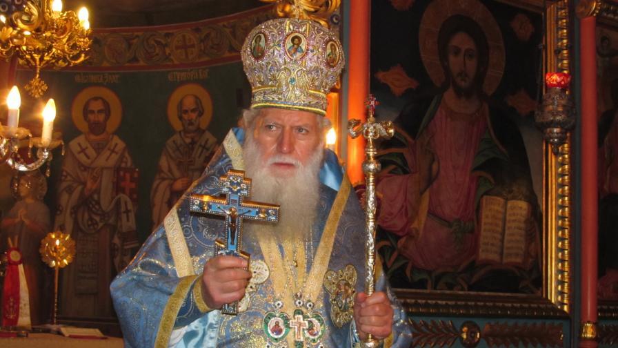 Опровергаха информацията, че патриархът е припаднал