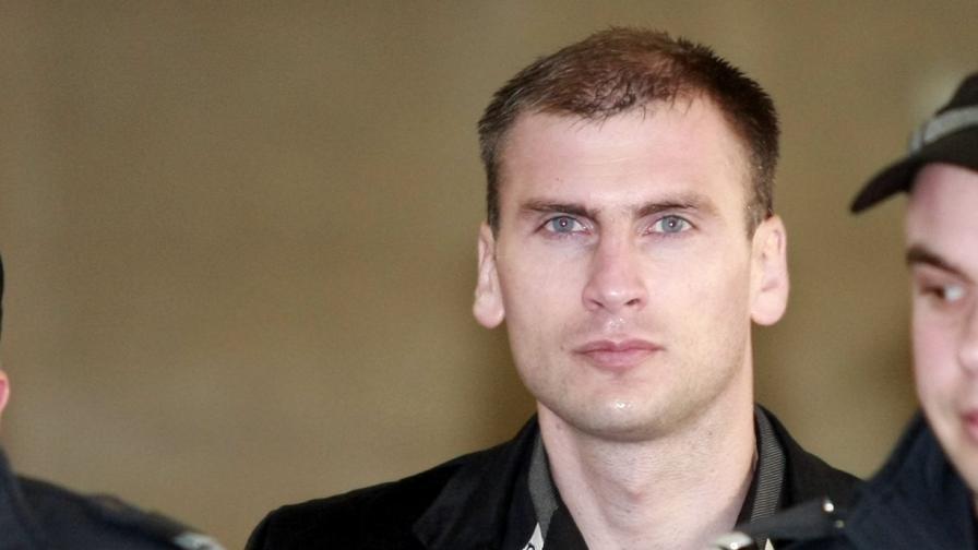 Октай Енимехмедов излезе от затвора