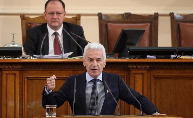 Сидеров: България да наложи вето на евросанкциите срещу Русия