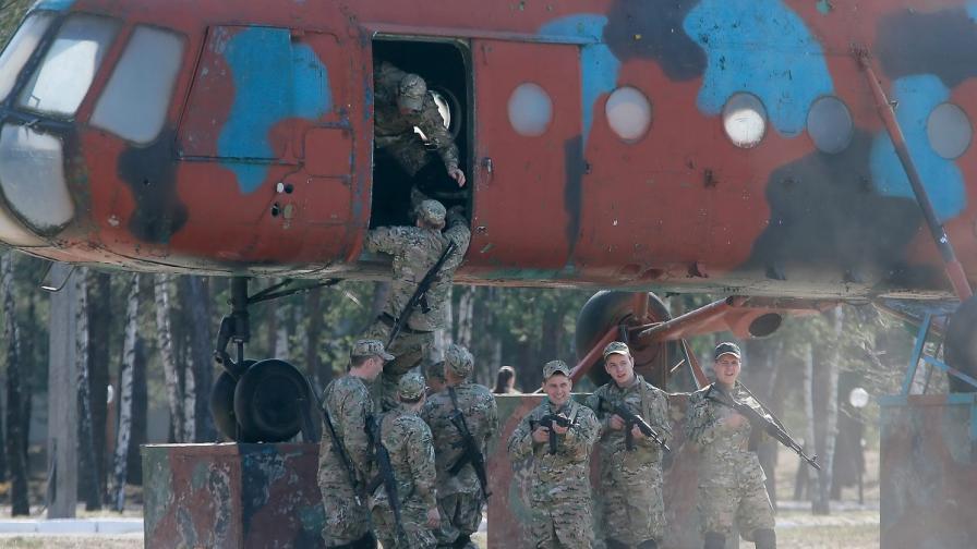 Москва иска присъединяването на Крим в картини