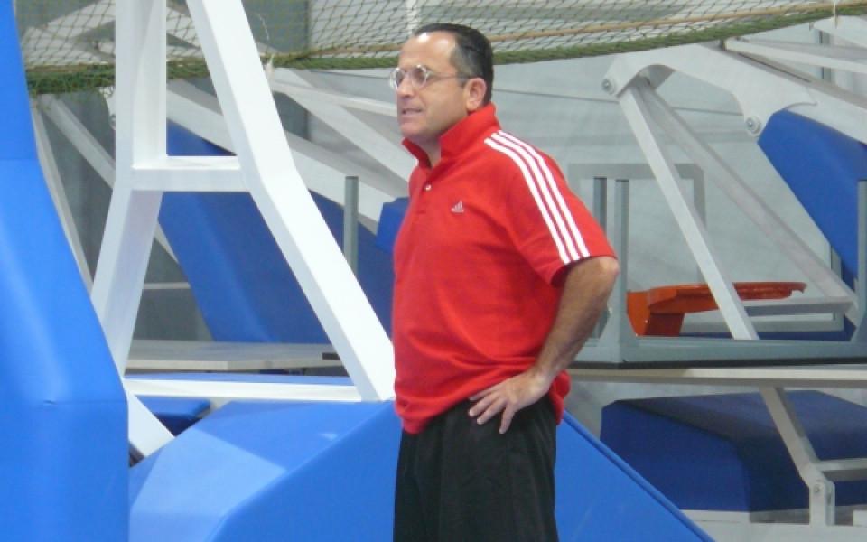 Екснаставник на баскет националите ще тренира Раонич