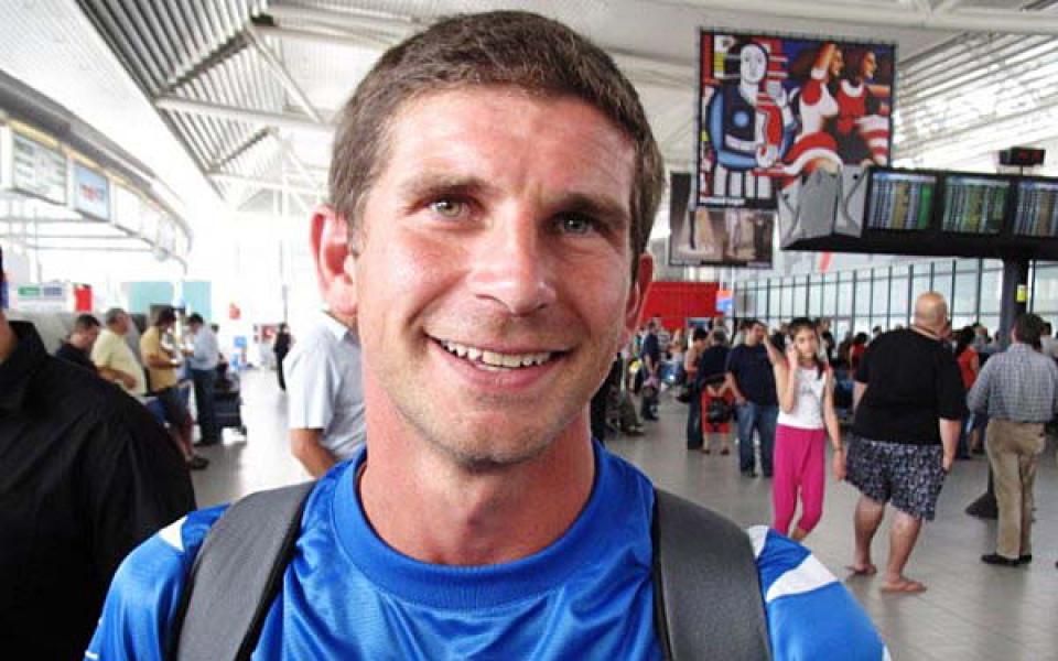 Бившият футболист на Левски Седрик Бардон разбуни духовете около себе