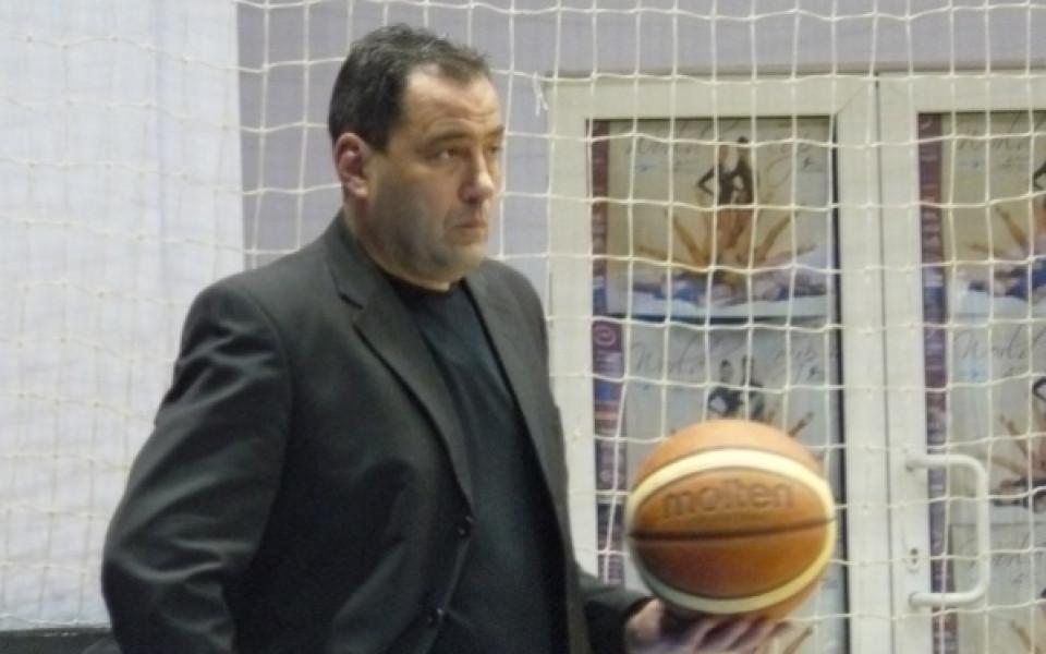 БК Черно море със същия треньор и догодина