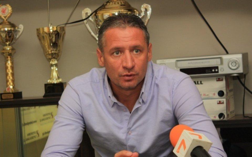 Кушев: Говорихме с Венци Стефанов – засега оставам