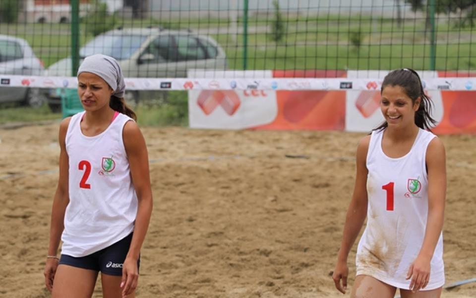 Красавици от НСА спечелиха турнира по плажен волейбол в Божурище