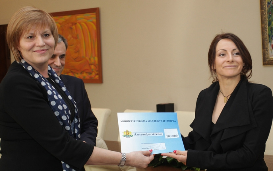 Министърът: На Саня Жекова й прилича да бъде наградена като бронзов медалист