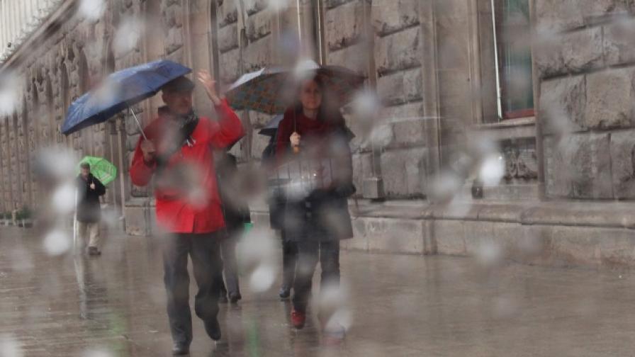Април - най-дъждовен от 127 години насам