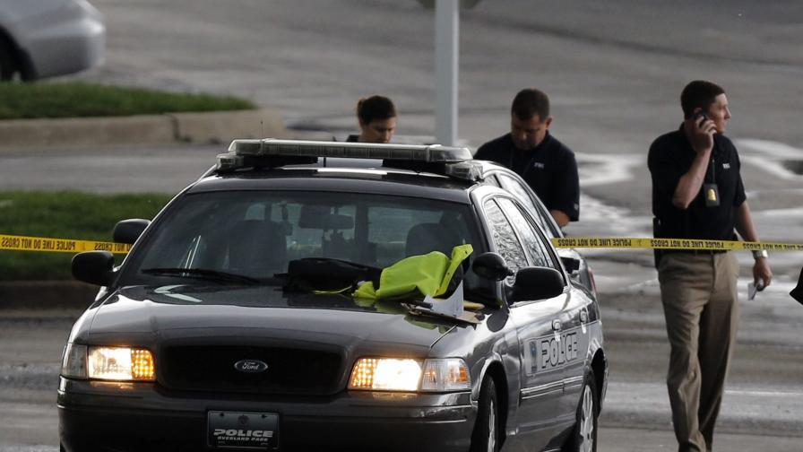 Ученик бе убит в САЩ, друг в Лийдс – задържан за убийство