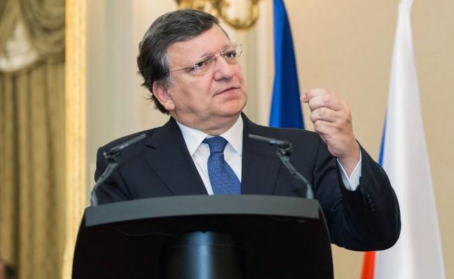 Жозе Барозу: Целта на Путин е пълен контрол над Украйна