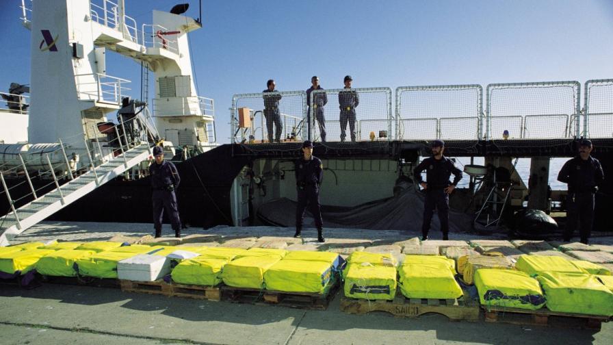 В Испания откриха 2,5 т кокаин в контейнер с ананаси