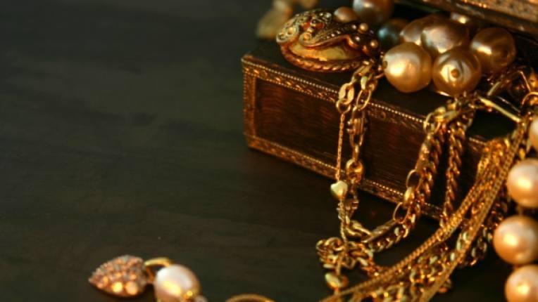 бижу почистване амоняк злато сребро платина как да