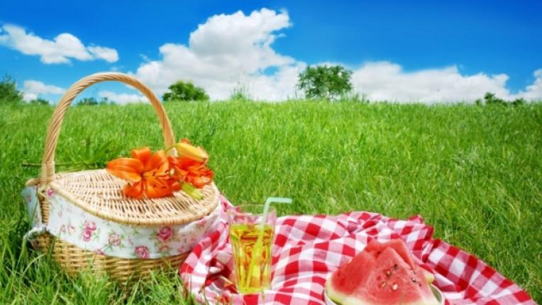 лято вечеря храна