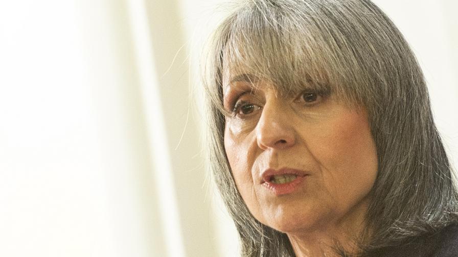 Маргарита Попова: Трябва да подхождаме внимателно към референдумите
