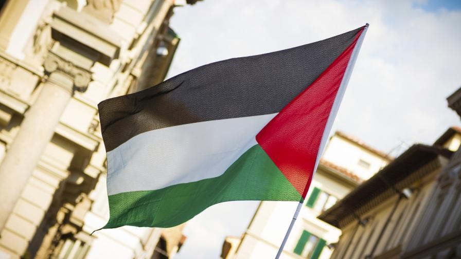 Палестинското правителство на националното единство подаде оставка