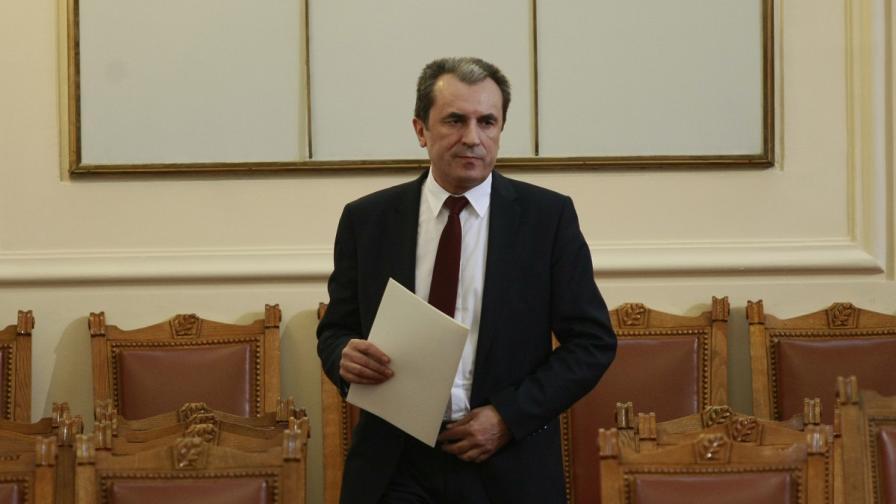 Пламен Орешарски: Новите министри се избират както старите