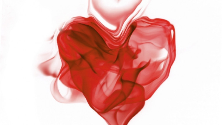 любов сърце дим