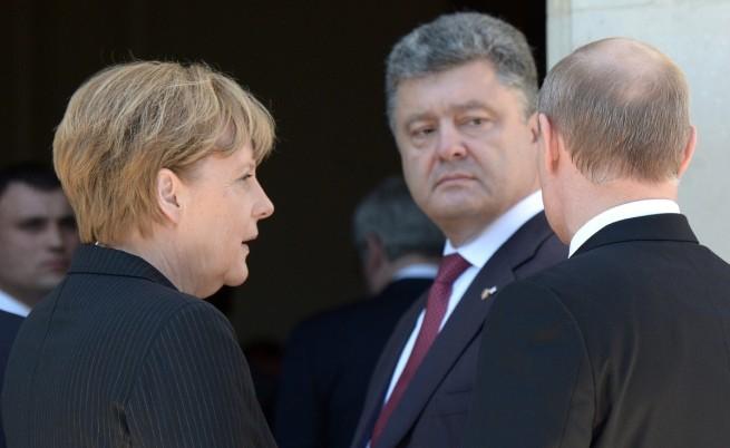 Путин и Порошенко обсъдили мерки за деескалация на напрежението