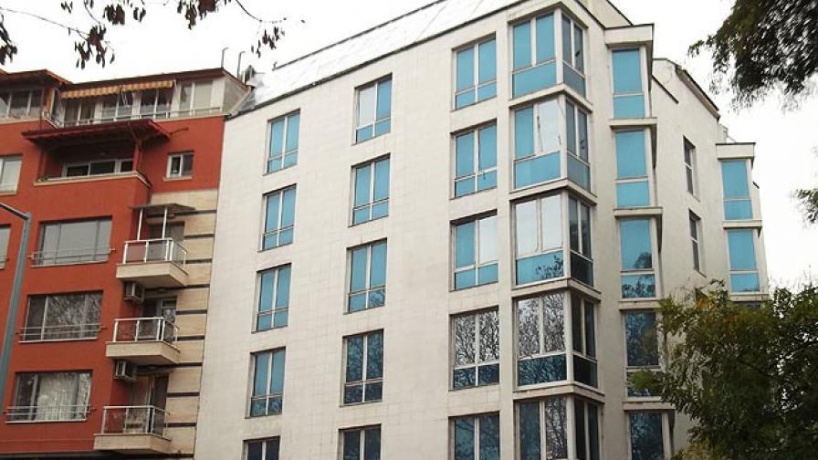 Запорираха хотел на Кирил Рашков за неплатени данъци