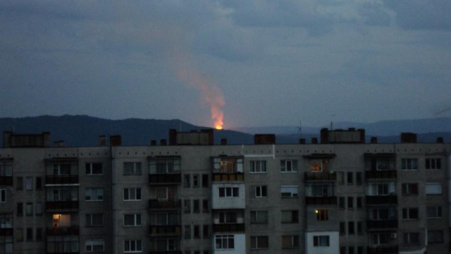 Пламъците от пожара се виждаха от Казанлък