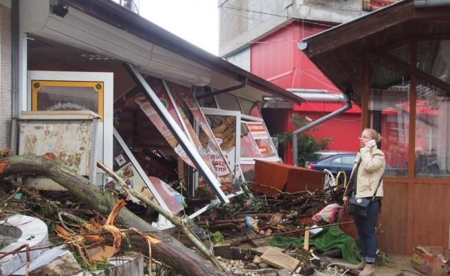 Световният печат: Библейски наводнения взеха жертви в България