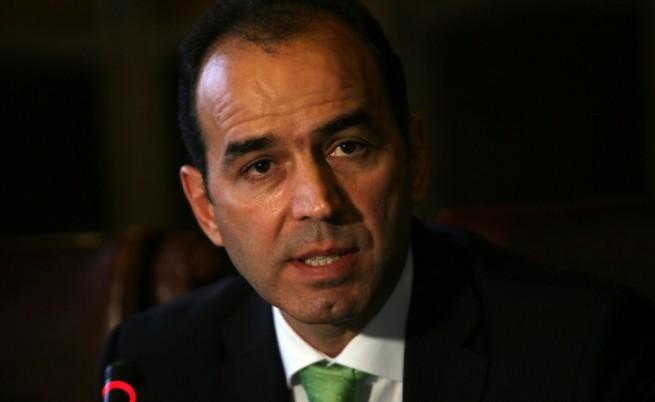 """Отнемат лиценза на КТБ, депозитите на гражданите се местят в """"Креди Агрикол-България"""""""