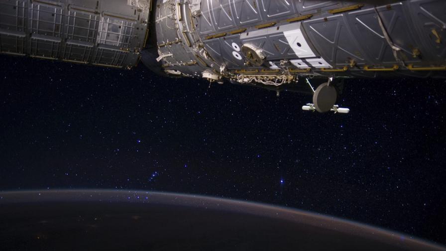 """НАСА изстрелва """"летяща чиния"""""""