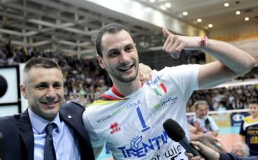 Победа за Стойчев и Казийски в Полша