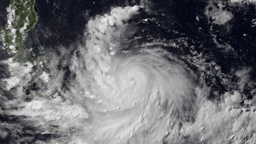 Тайфунът Рамaсун