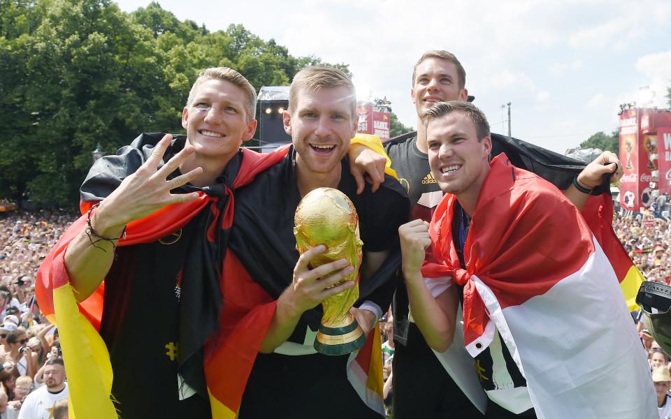 Световната купа била деформирана по време на партито на Германия