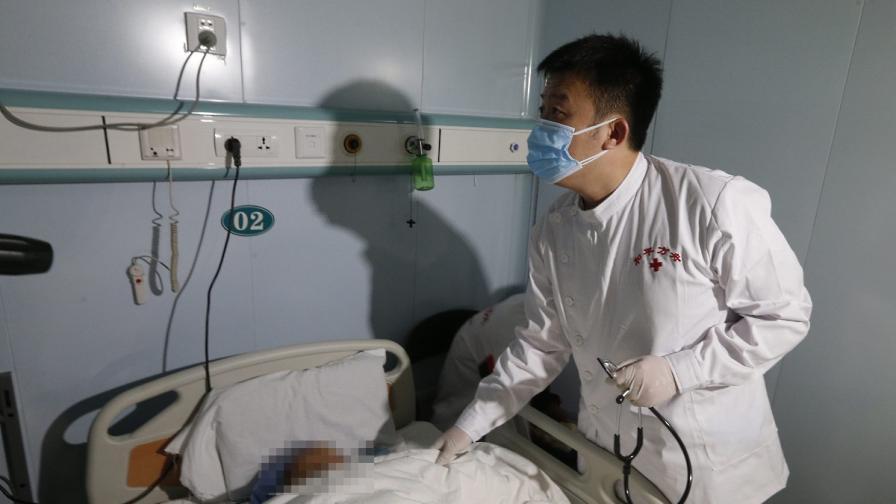 Китайски град е отцепен заради починал от бубонна чума