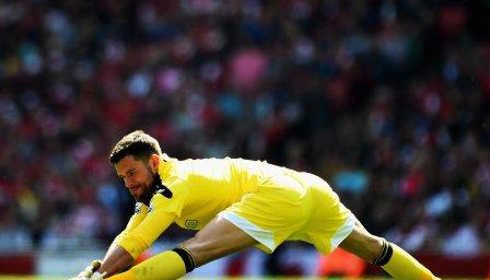 Вратарят на Уотфорд: Скоро някой ще получи и 10 гола от Сити